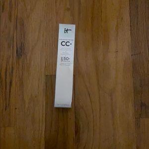 It cosmetic - CC cream
